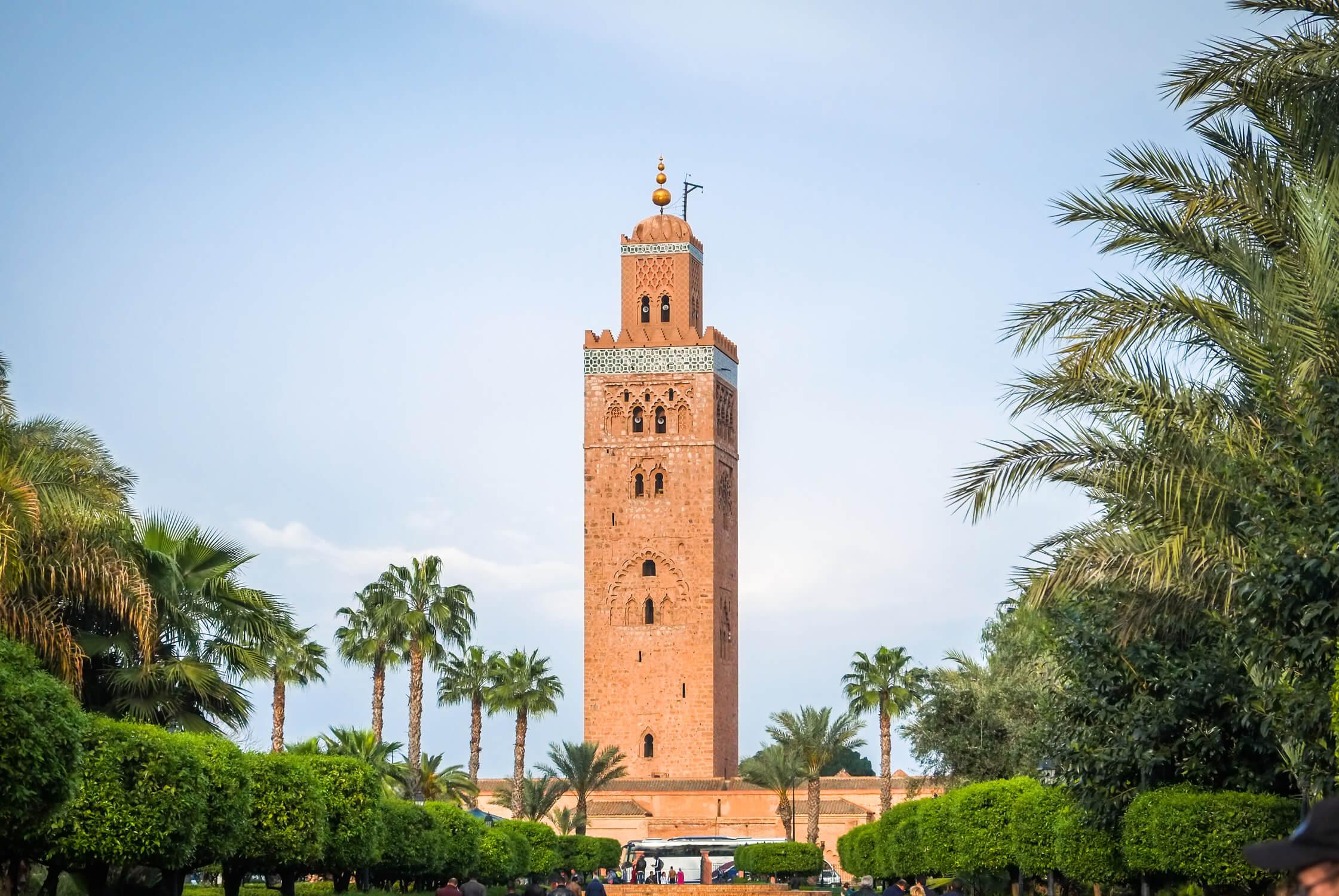 Discover Marrakech, Ouarzazate, Merzouga desert and Essaouira